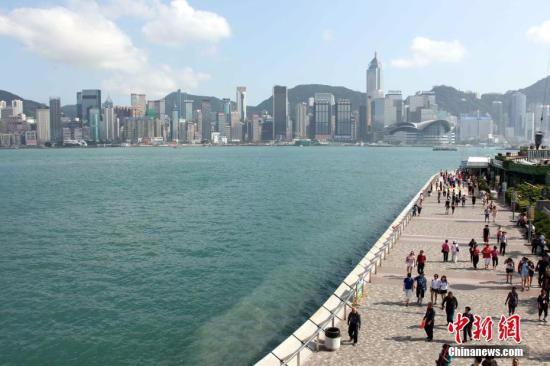 资料图:香港尖沙咀海滨公园是香港十大风景区之一.