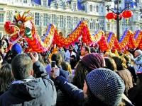 """为抢中国游客 法国商家打起""""文化牌"""""""