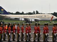 土豪来了!沙特国王到访中国 带了506吨行李与2部电梯