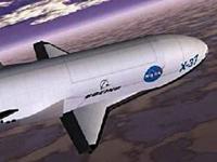 """美国飞行器在天上飞了678天 是""""空天飞机""""还是""""太空战机"""""""