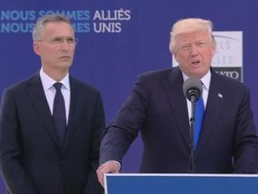 特朗普北约峰会首秀很尴尬 推开黑山总理被批不懂礼仪