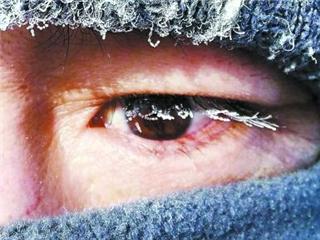 呼伦贝尔等地现极寒天气 零下40℃牧民如何生活?