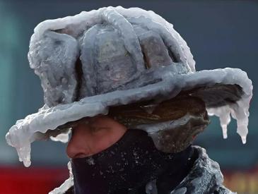 体感温度-69℃ 出门伸手就会被冻伤 美国今年为什么这么冷?